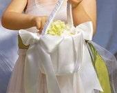 Ivory Plain Flower Girl Basket; Simple Flower Girl Basket; White Flower girl Basket; Wedding Basket