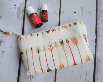New Essential Oil bag, travel case, zipper bag, Arrows, (holds 12-14)
