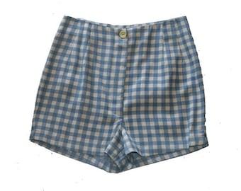 SALE / Vintage 90s high waist women Shorts / Plaid Shorts / Blue and white Check Print / Checkered pants
