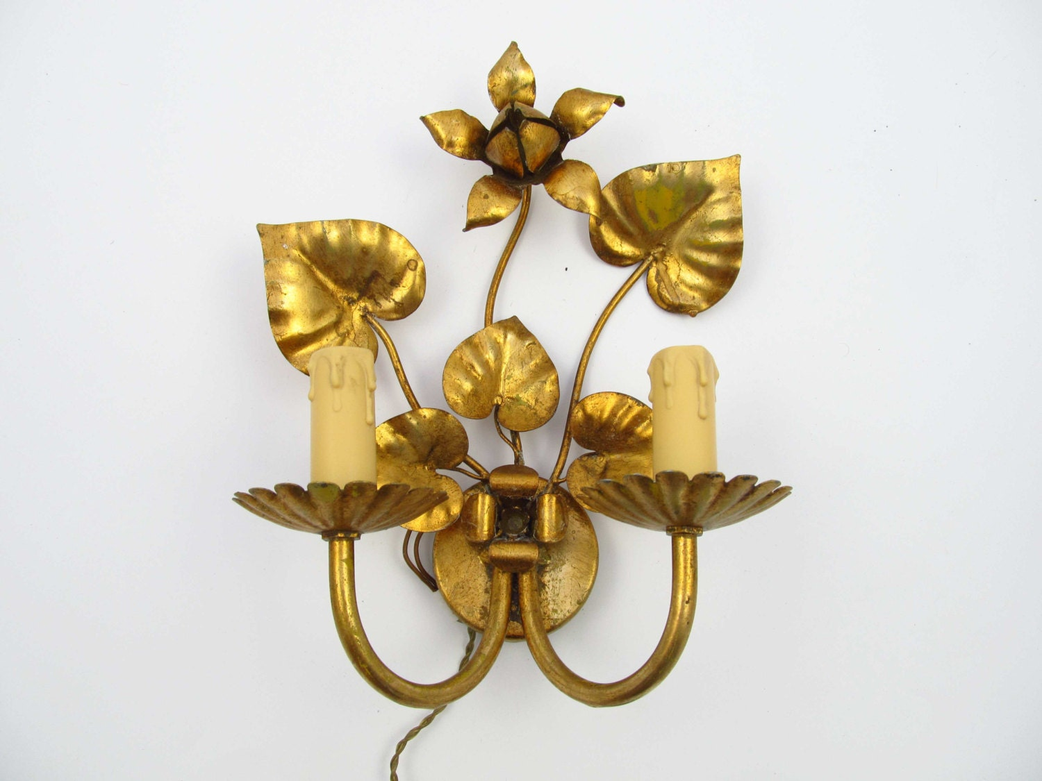 Vintage Gold Wall Lights : Vintage gold colour tole Italian Hollywood Regency Wall light