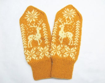 Merino wool mittens with deer pattern,Womens warm winter gloves,Scandinavian Snowflake knitted mittens,Mustard ivory mittens,Gift for Her