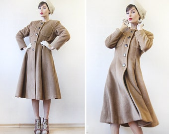 Vintage G F FERRE warm beige wool single breasted princess hurglass winter women coat M-L