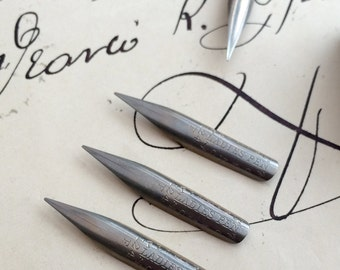 Ladies Pens, Perry & Co Fine point dip pen nibs: 3 as new vintage nibs limited stock. Made in England. Circa 1920s.