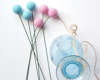 Felt billy balls, billy ball flowers, felt ball flowers, felt ball bouquet, felt craspedia, pompom flowers, alternative bouquet, pink blue