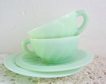 Vintage Pair of JADEITE MILK GLASS Cup and Saucers, Twisted Pattern, French Jade Retro Cups.