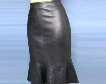 Womans Black Godet Skirt  100%  Genuine Leather Stylish New