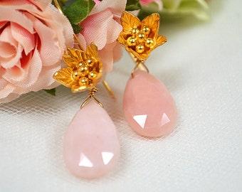 Peruvian pink opal earrings Peru opal teardrop earrings Gold flower earrings Floral garden jewelry Gemstone drop earrings