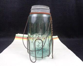 Vintage Wireware Carrier With Mason Jar, Vintage Country Kitchenware