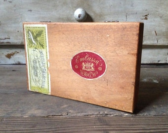 Vintage Embassy Wood Cigar Box With Dovetails Great Britain Ireland