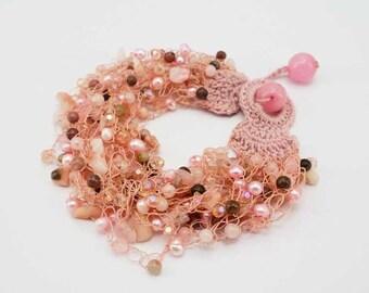 Pink freshwater pearl,rose quartz,crystal bracelet.