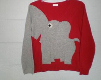 Cashmere elephant sweater, ladies X large, appliqued elephant sweater, cashmere v neck, elephant trunk sweater, elephant top