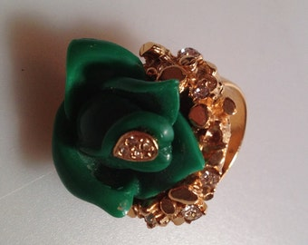 1971970s Vintage Green ROSE Ring Gold Plate & Rhinestones DEADSTOCK