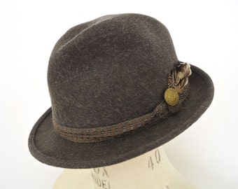 Vintage Fur Felt Fedora / men's Duett Rein Har gray hat with band & feather / size large
