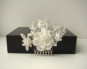 Bridal lace headpiece Hair comb Ivory floral wedding hair piece Beaded lace