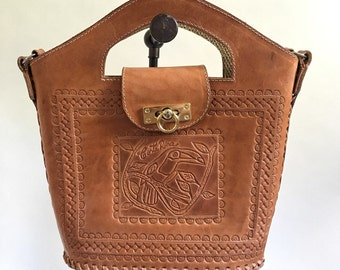 Leather Crossbody Purse, Costa Rica Toucan Leather Embossed Handle Bag, Costa Rica Souvenir Bag, Leather Stitched Purse, Brown Bucket Bag
