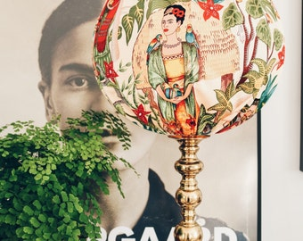 Lampshade Frida Kahlo, table lampa
