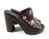 RESERVED - Vintage 90s Boho Tommy Hilfiger Brown Tooled Leather Platform Open Toe Mules Heels Sandals 7.5 M