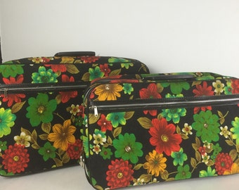 Vintage Floral Carry On Bag Suitcase 1960's Overnight Bag Nesting Set of Two Bantam Travelware