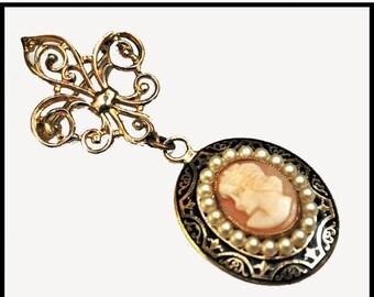 Coro Cameo Brooch Fleur de Liswhite  pearl and gold dangle pin