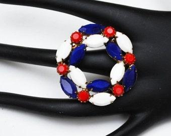 Red White blue  Brooch  Rhinestone Patriotic Mid Century Circle wreath pin