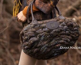 50% OFF!  Fashion handbag, Handmade,Felted bag, Roomy bag, bag with a handle,hand made