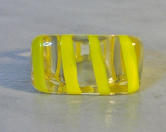 Vintage Yellow Striped Lucite Ring,   Size 8