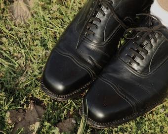 Black 1930s cap toe dress shoes by Salamander of Germany