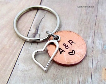 Penny Couple Heart Charm Keychain, Personalized Antique Silver Heart Penny Charm Anniversary Keyring