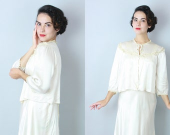 1940s Moonbeam bed jacket | vintage 40s rayon satin and lace sleepwear