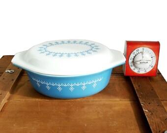 Vintage Pyrex Medium 1.5 Quart Blue Snowflake /Garland Blue Pyrex Covered Casserole
