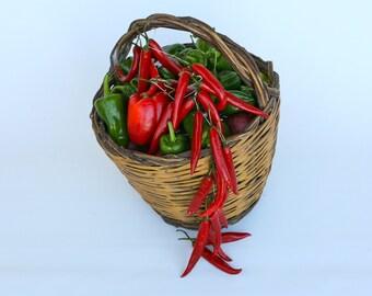 Italian wicker basket, original Abruzzo design