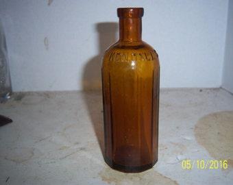 1890's Kendall's Spavin Cure Enosburgh Falls, Vt 5 1/2 inch amber medicine bottle