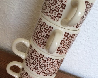Vintage Stacking Mugs USA Brown and White, set of 4