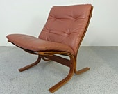 mid century Danish modern taupe leather Westnofa siesta chair