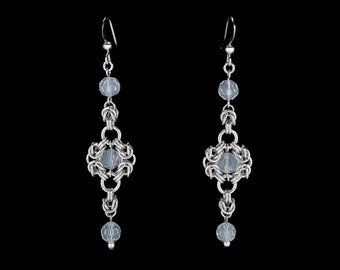 White Royal Ricardo Earrings | silverplated
