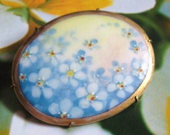 VICTORIAN Antique Hand Painted Blue Forget Me Not Florals PORCELAIN Gold Gilt Brooch PIN Edwardian Downton Abbey