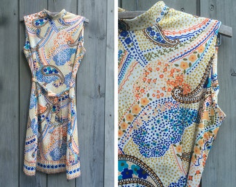 "Vintage dress | Anne Fogarty ""Collector's Items"" 1970s paisley print sleeveless knit dress with tie"