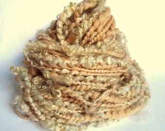 Handspun art yarn, lock yarn, textured wool, chunky, merino and wensleydale yarn , fudge / butterscotch / peach, lock yarn, doll hair