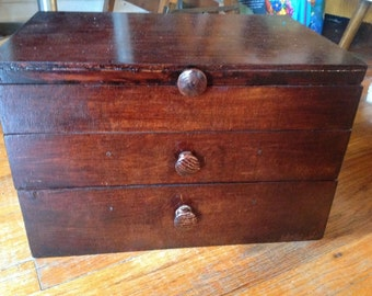 VINTAGE Solid wood jewelery box with 2 drawers