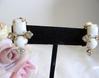 Milk Glass and Rhinestone Clip Earrings - Vintage Milk Glass Earrings - Vintage White Earrings