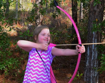 Pink Kids Bow, Quiver, and Arrow Set