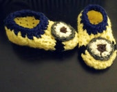 Crochet Baby Boots Booties Photo Props Boy Girl Baby Shower- 0-3mo 3-6mo 6-12mo inspired by ugg