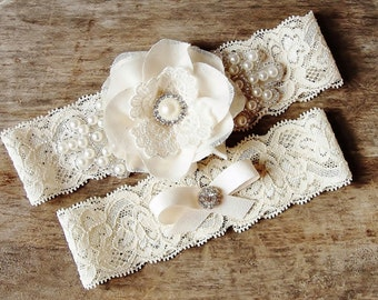 Wedding Garter, Bridal Garter, Weddings, Wedding garter set, Bridal garter set, Lace Garter, Rhinestone and Pearl Garter, Ivory Garter Set