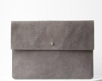 Laptop sleeve GREY python print leather