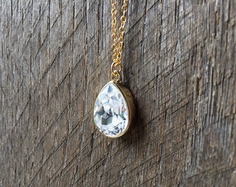 SALE Teardrop Crystal Necklace Swarovski Bridal Necklace Pear Pendant on Silver or Gold Chain Bridal Necklace