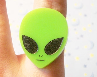Neon Green Acrylic 90s Alien Ring