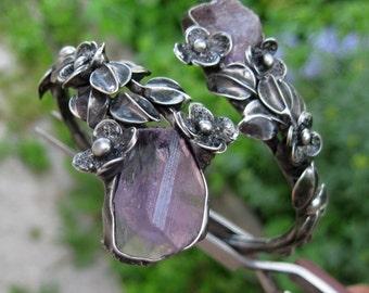 metal  bracelet with  raw amethyst