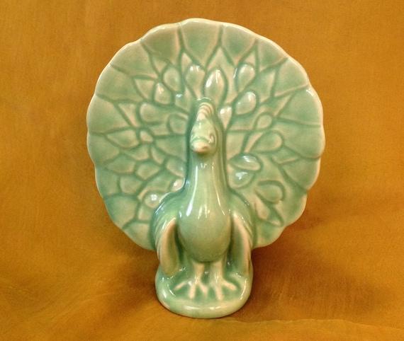 usa pottery wall pocket planter vase peacock bird animal mint