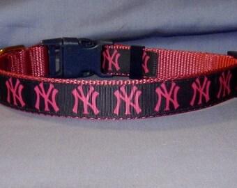 Pink NY Yankees collar