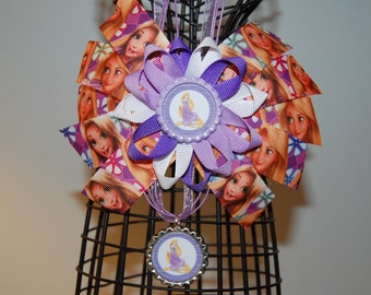 Rapunzel from Tangled Movie Bow and Necklace Set